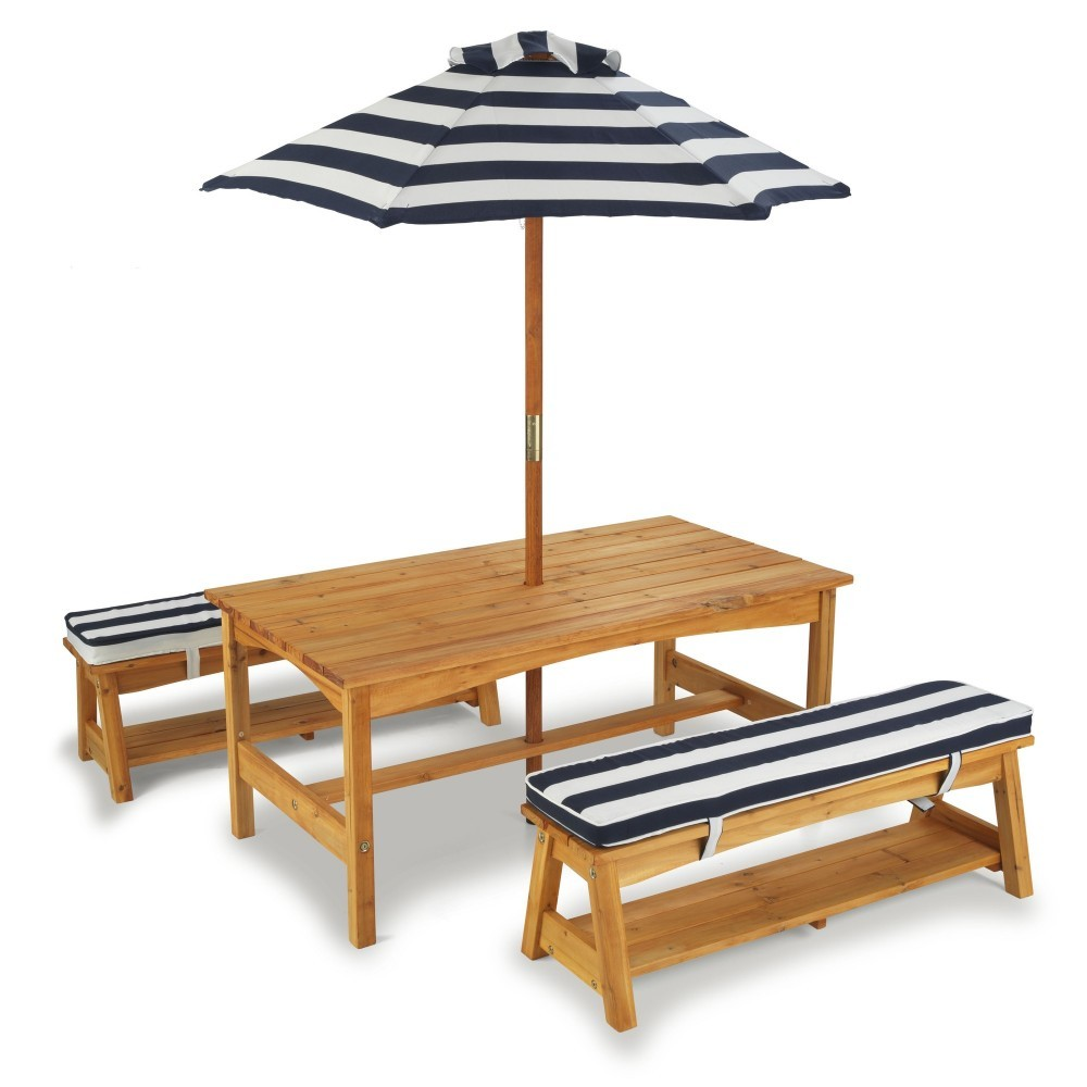 Houten Kinder Picknickbank.Wooden Kinder Garden Picnic Table With Cushions And Parasol Kidkraft 00106