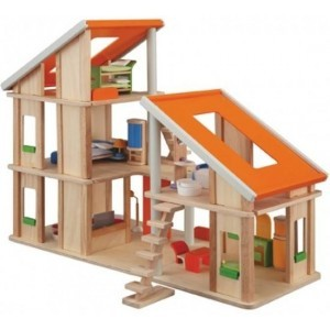 Chalet Dollhouse and Furniture