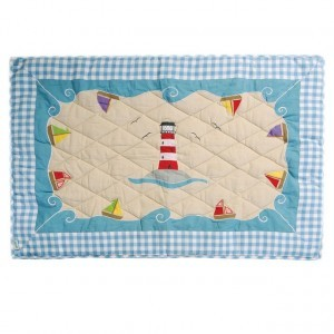 Beach House Playhouse Quilt (large) - Win Green (1202)