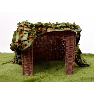Sqaure Plastic Willow Look Folding Den